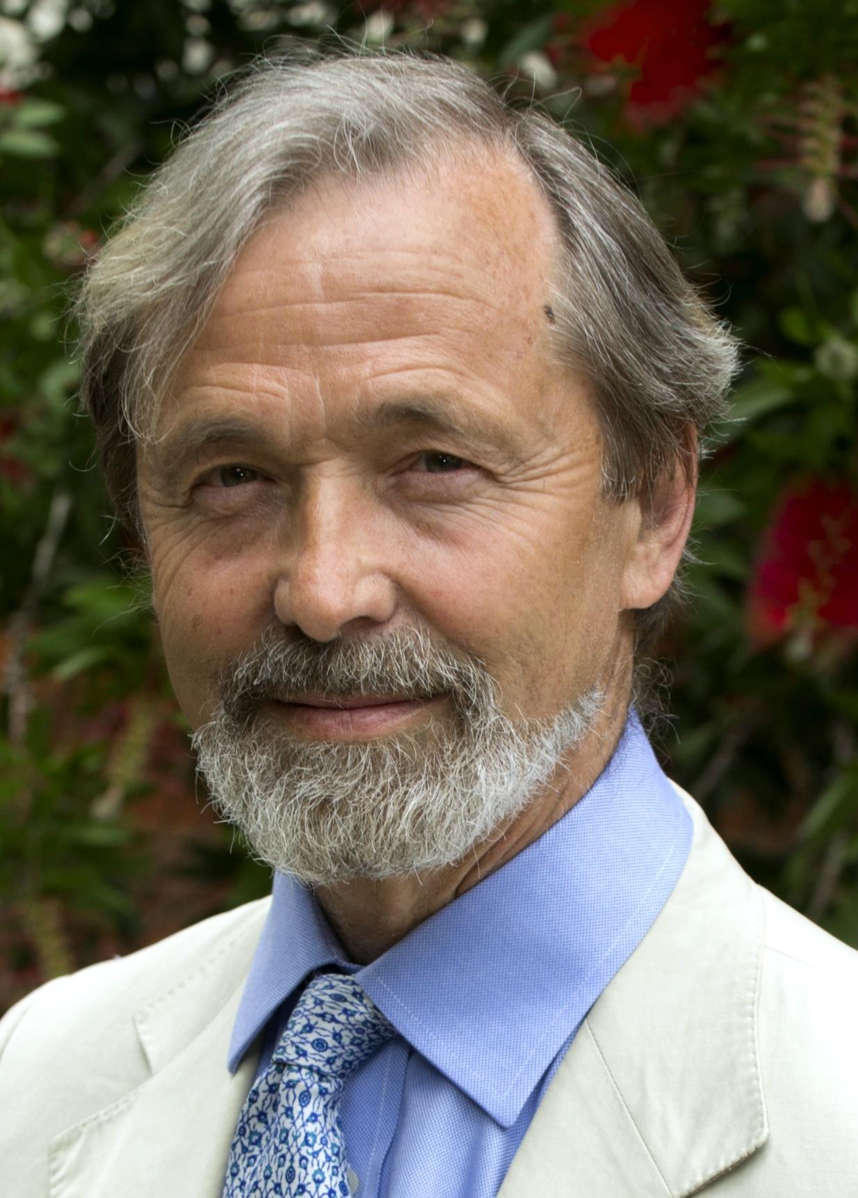 Geoffrey Boulton